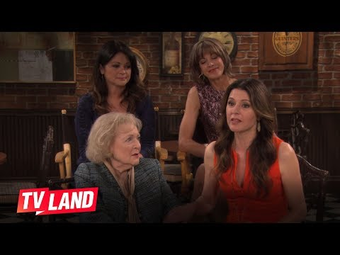 Hot in Cleveland (Behind the Scene 'What The Ladies Learned From Each other')