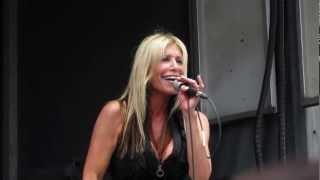 Download Lagu Femme Fatal - Rebel - Monsters of Rock Cruise 2013 LIVE Mp3