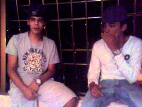Estos muchachos vienen de Colombiaaaa hahahahahaha