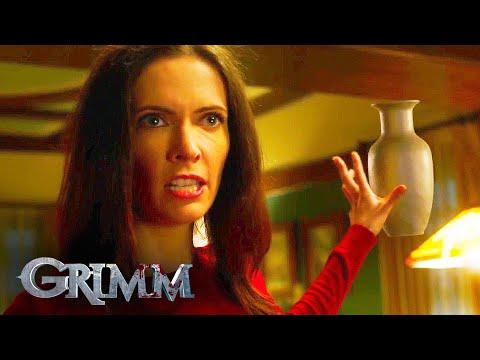 Juliette Smashes Adalind   Grimm