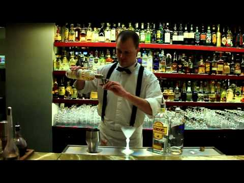 TV Gastro&Hotel: Drink Jamese Bonda – Bugsy´s Bar