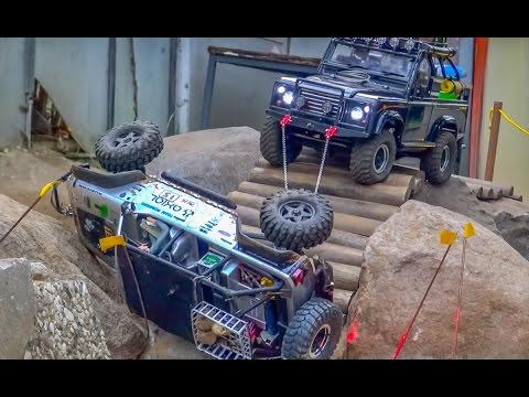 RC Crawler action & Failed Rescue at RC-Glashaus!