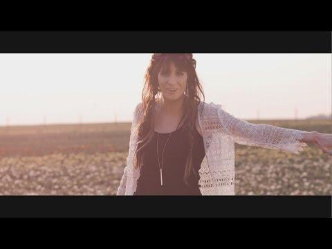 Tekst piosenki Sylwia Grzeszczak - Kiedy Tylko Spojrzę po polsku