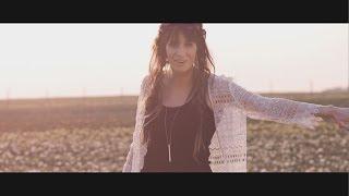 Video Sylwia Grzeszczak feat. Sound'n'Grace - Kiedy tylko spojrzę [Official Music Video] MP3, 3GP, MP4, WEBM, AVI, FLV Agustus 2018