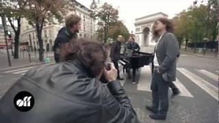 MAKING OFF - Lulu Gainsbourg et la Police: shooting photo Paris-Match