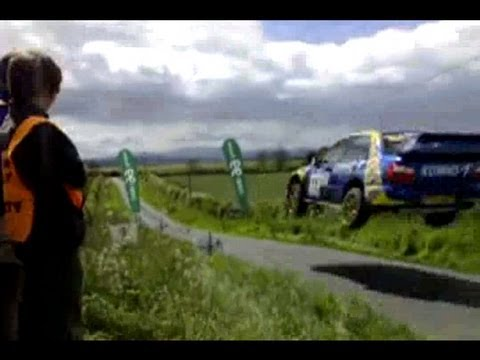 rally subaru salto a 200 km/h