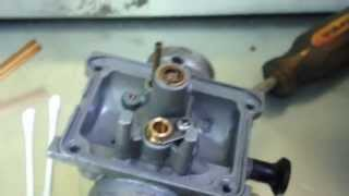10. Yamaha Blaster Carburetor bowl disassembly