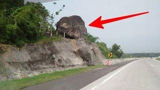 Video Misteri batu di tol cipali, hati-hati jika melihat batu ini , atau nasib kamu jadi seperti ini.. MP3, 3GP, MP4, WEBM, AVI, FLV Mei 2017