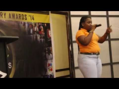 Jasinta Ocansey attacks Kalybos at Tertiary Awards Ghana pluzz 899 fm Funny