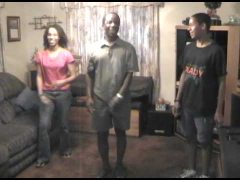 Demonstrating Ijaw Dance - part 2