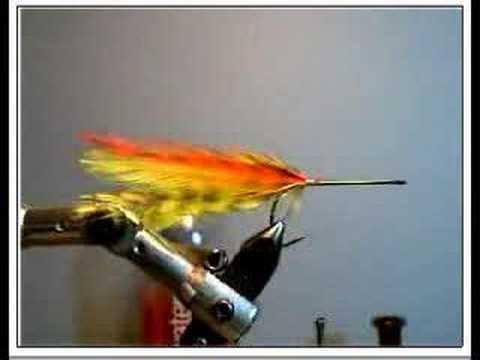 Tying a deer hair bass bug-tail and skirt