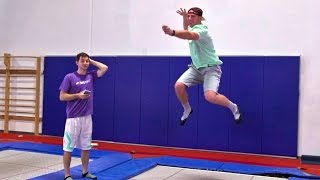 Video Trampoline Charades Battle | Dude Perfect MP3, 3GP, MP4, WEBM, AVI, FLV November 2018