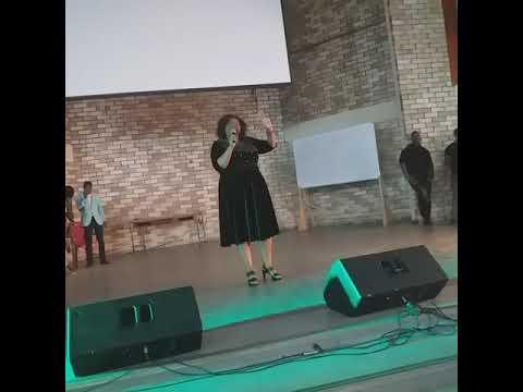 Mam Thobekile - Wonginik Umvuzo Omkhulu/Ngiphum eGeshuri