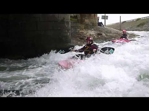 Stanley Embankment 16.8.2014 Whitewater Kayaking Playboating