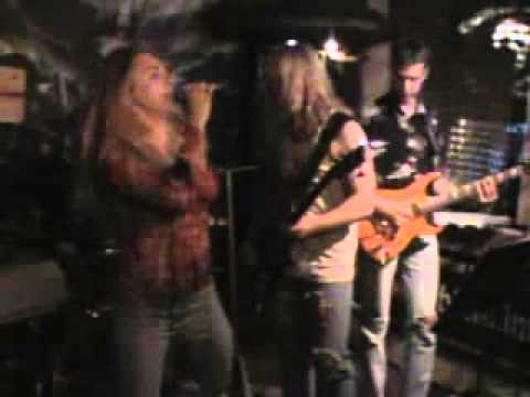 X Change Suzi Quatro Party in S Club (видео)