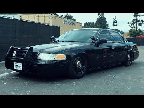 форд королева виктория полиция модель
