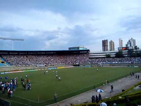 Torcida Fiel no final do jogo no Serra Dourada 05/