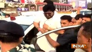 Asansol India  City pictures : Union Minister Babul Supriyo Allegedly Attacked By TMC Workers In Asansol