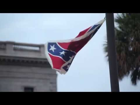 Woman Climbs S.C. Statehouse Flagpole to Remove Confederate Flag