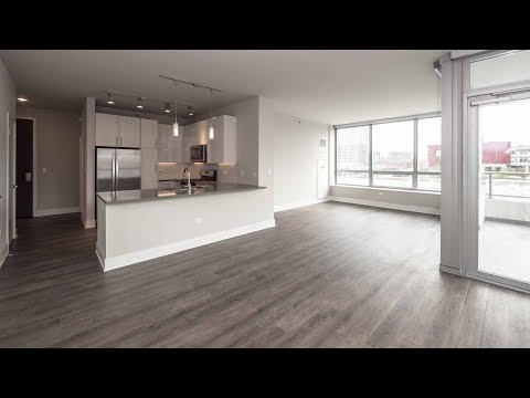 A South Loop 2-bedroom, 2-bath at the new Alta Roosevelt apartments