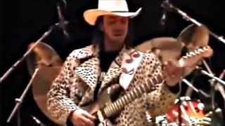 Video Stevie Ray Vaughan - Best Guitar Player - Sound Check - What?! MP3, 3GP, MP4, WEBM, AVI, FLV Agustus 2018