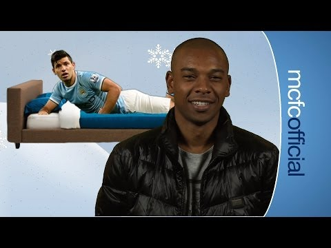 Video: FERNANDINHO NEW TO CRACKERS? | Advent Calendar | Day 10