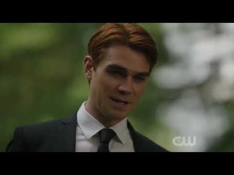 Riverdale season 4 episode 1 :Fred Andrew's tribute scene