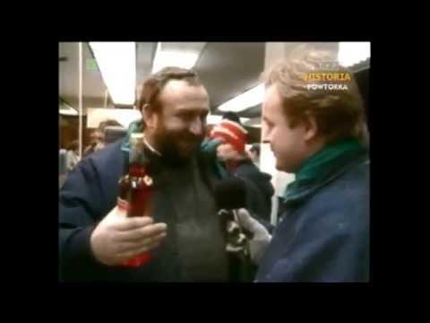 PRL 1987 Święta Tadeusz Drozda w monopolowym