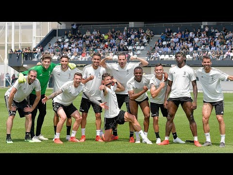 Training | Juventus sign off the season in front of their fans