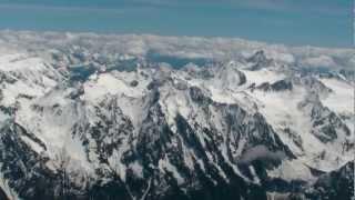 Alpenrundumblick Aus Der Cirrus SR20 D-EZDG Der Deutsche Luftfahrt AG Im Mai 2012