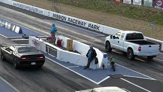5. U didn't expect that !! Hellcat vs Ford pickup truck-drag race