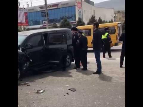 Водитель бронированной Toyota Land Cruiser 200 скрылся с места ДТП в Махачкале (видео)
