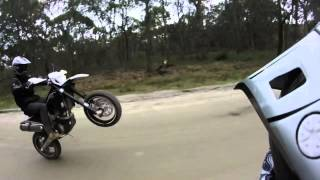 8. Highside crash, Wheelies on the 449