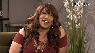 Video Reggie the Psychic Medium Speaks with Kym Whitley's Mom MP3, 3GP, MP4, WEBM, AVI, FLV Januari 2018