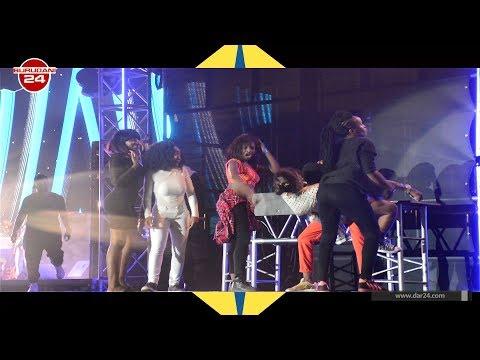Video Diamond Platnumz alivyovamiwa na warembo jukwaani akifanya show ya kibabe download in MP3, 3GP, MP4, WEBM, AVI, FLV January 2017