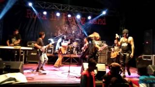 Badut - Joni Kesiangan - Rock in reyog Land 2016