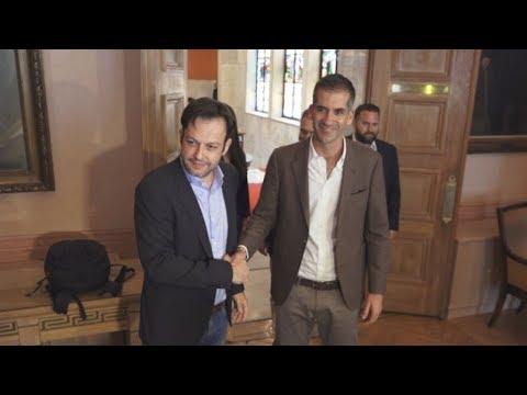 Συνάντηση εκλεγέντος δημάρχου Αθηναίων Κ. Μπακογιάννη με τον απερχόμενο Γ, Μπρούλια