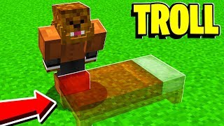 THE INVISIBLE MINECRAFT BED WARS TROLL!