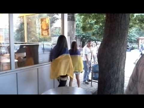 """Харьков сегодня: """"девочки,не позорьтесь"""""""