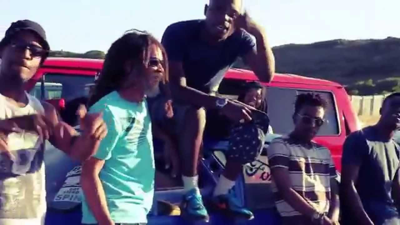 Watch: E-Jay – Dead Gawdz 2 Freestyle
