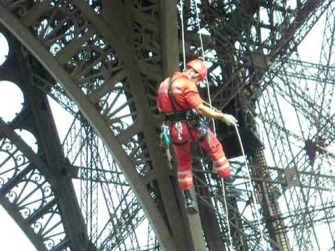 GREP BSPP Descente en rappel Tour Eiffel