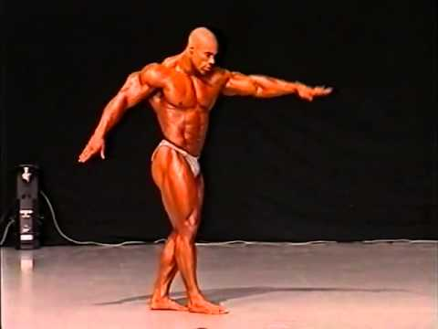levrone - Kevin Levrone (Maryland Muscle Machine) posing during 1997 Grand Prix.