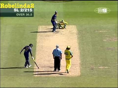Vaas gets Ganguly twice in two balls