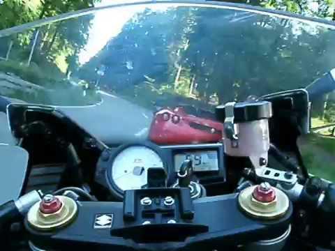 GSXR 1000  KILLS  Ferrari
