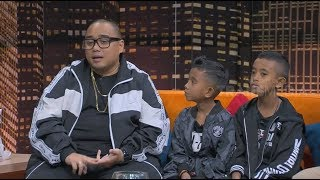 Video Geralldo dan Carlos, Duo Rapper Cilik Ketemu Saykoji | HITAM PUTIH (07/11/18) Part 4 MP3, 3GP, MP4, WEBM, AVI, FLV Januari 2019