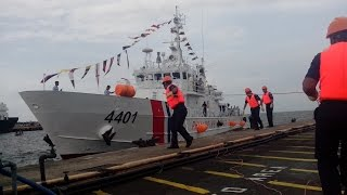 A 44 meter multi-role response vessel named BRP Tubbataha is the newest addition to the Philippine Coastguard's fleet.The vessel is just one of ten that the government acquired from Japan...Read Article: http://goo.gl/GiZEJyMore AFP Modernization News Here:READ: http://www.vjdefense.com/ BLOG: http://www.phildefnews.blogspot.comLIKE: https://www.facebook.com/vjdefenseFOLLOW: https://twitter.com/vjnorz
