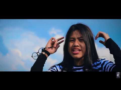 Dhea Siregar - Sorry [ Official Music Video ]
