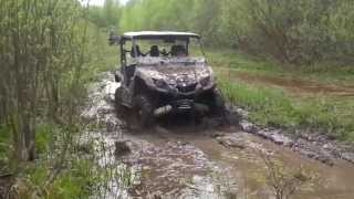 9. Yamaha Viking 700 and Yamaha Grizzly 700 limited edition  in mud