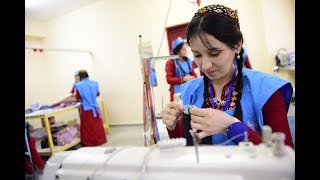 In Turkmenistan, a new integrated curriculum at the Textiles College in Ashgabat brings together hearing-impaired and...