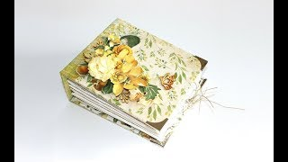 A minialbum created with Kaisercraft's Golden Grove collection. This is a gift album, with simply decorated pages.